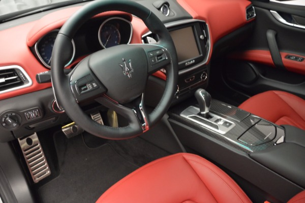 Used 2015 Maserati Ghibli S Q4 for sale Sold at Rolls-Royce Motor Cars Greenwich in Greenwich CT 06830 13