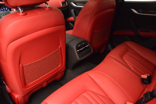 Used 2015 Maserati Ghibli S Q4 for sale Sold at Rolls-Royce Motor Cars Greenwich in Greenwich CT 06830 17