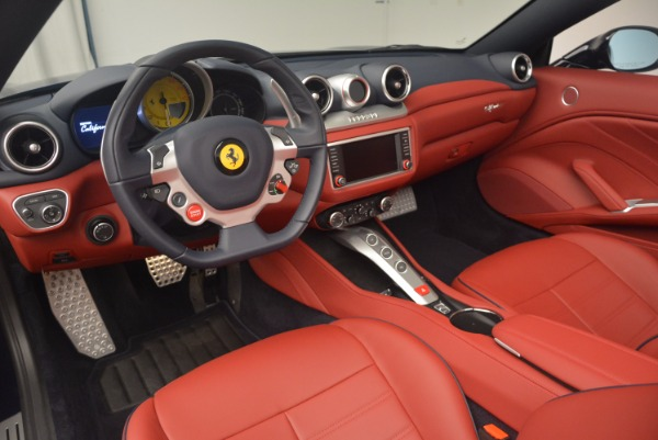 Used 2017 Ferrari California T for sale Sold at Rolls-Royce Motor Cars Greenwich in Greenwich CT 06830 25