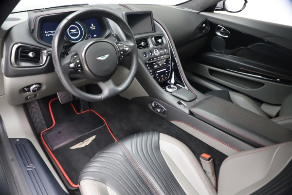 Used 2017 Aston Martin DB11 V12 for sale $149,900 at Rolls-Royce Motor Cars Greenwich in Greenwich CT 06830 13