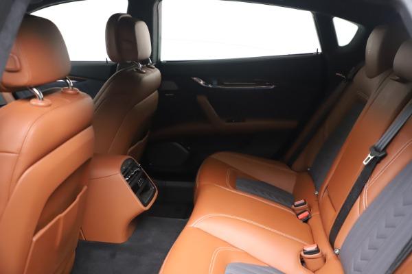 Used 2017 Maserati Quattroporte SQ4 GranLusso/ Zegna for sale $62,900 at Rolls-Royce Motor Cars Greenwich in Greenwich CT 06830 18