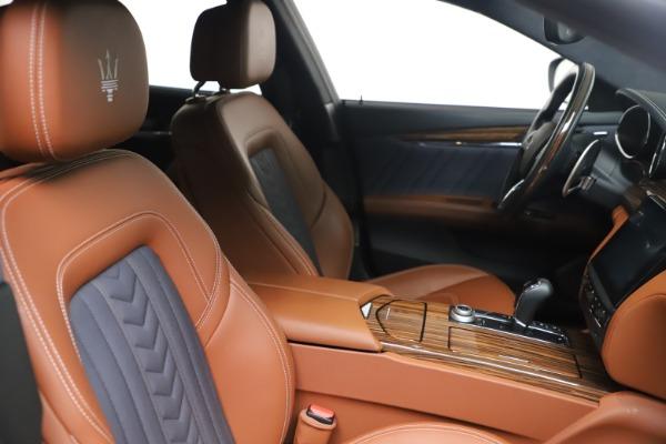 Used 2017 Maserati Quattroporte SQ4 GranLusso/ Zegna for sale $62,900 at Rolls-Royce Motor Cars Greenwich in Greenwich CT 06830 20