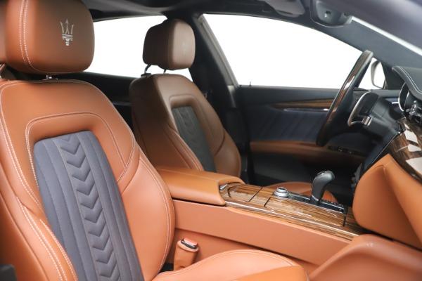 Used 2017 Maserati Quattroporte SQ4 GranLusso/ Zegna for sale $62,900 at Rolls-Royce Motor Cars Greenwich in Greenwich CT 06830 21
