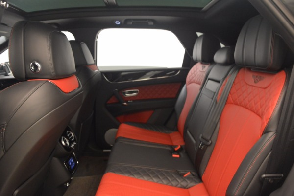 Used 2018 Bentley Bentayga W12 Signature for sale Sold at Rolls-Royce Motor Cars Greenwich in Greenwich CT 06830 28