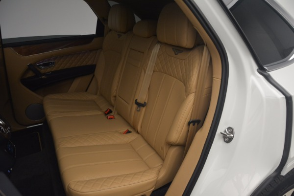 New 2018 Bentley Bentayga W12 Signature for sale Sold at Rolls-Royce Motor Cars Greenwich in Greenwich CT 06830 22