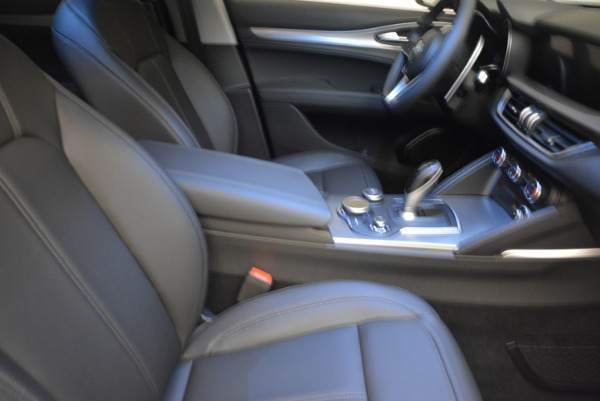 New 2018 Alfa Romeo Stelvio Sport Q4 for sale Sold at Rolls-Royce Motor Cars Greenwich in Greenwich CT 06830 20