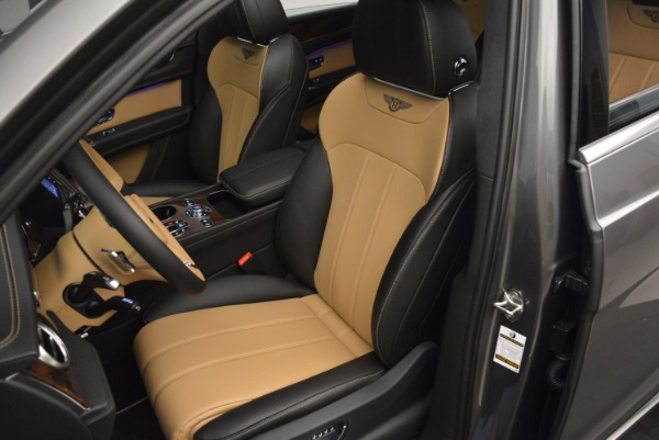New 2018 Bentley Bentayga Activity Edition-Now with seating for 7!!! for sale Sold at Rolls-Royce Motor Cars Greenwich in Greenwich CT 06830 25