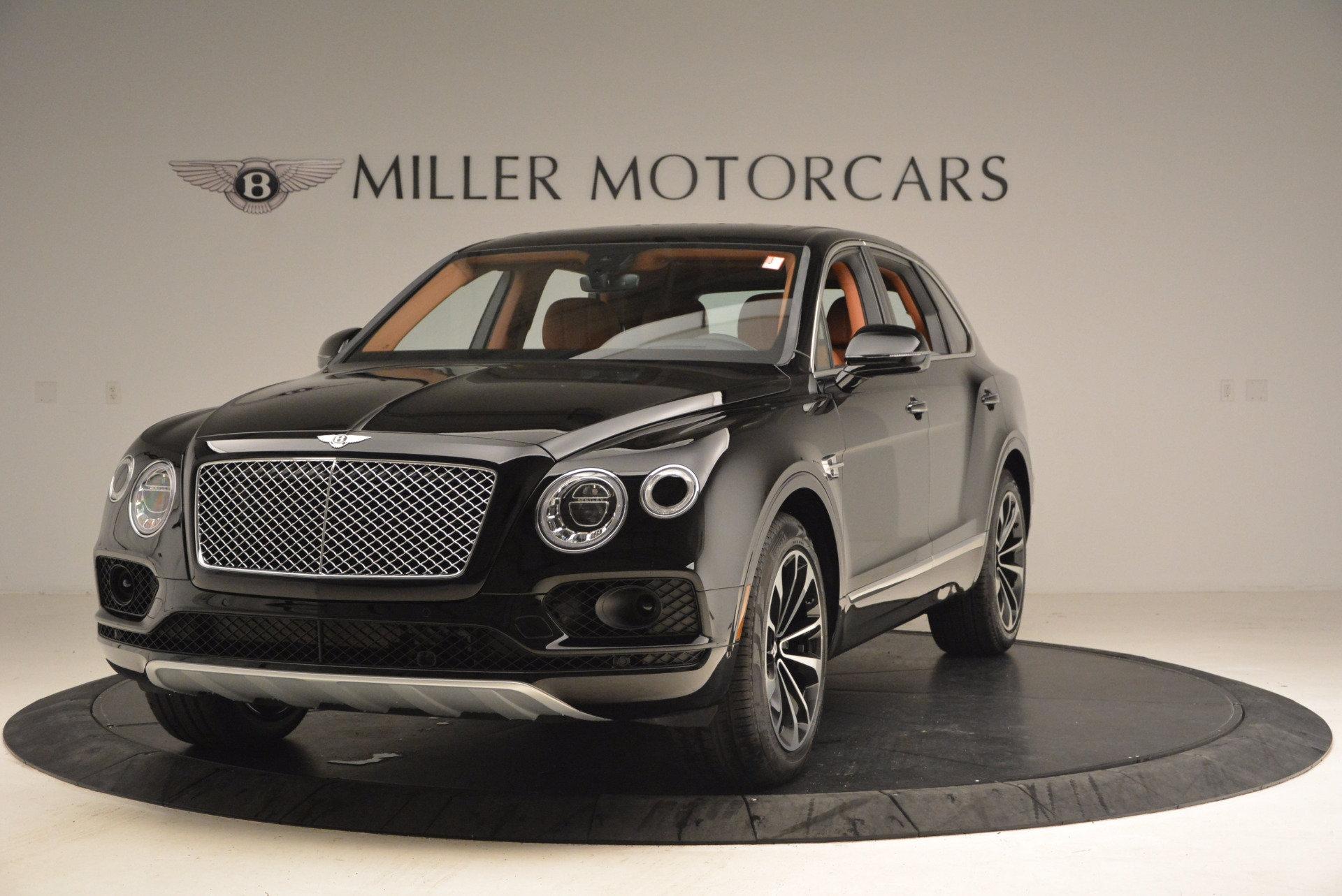 Used 2018 Bentley Bentayga Onyx Edition for sale $147,900 at Rolls-Royce Motor Cars Greenwich in Greenwich CT 06830 1