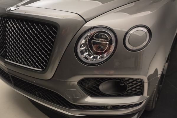 New 2018 Bentley Bentayga Black Edition for sale Sold at Rolls-Royce Motor Cars Greenwich in Greenwich CT 06830 17