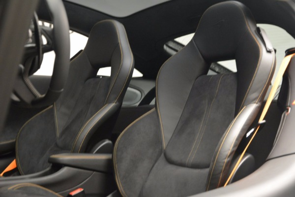 Used 2017 McLaren 570GT for sale Sold at Rolls-Royce Motor Cars Greenwich in Greenwich CT 06830 17