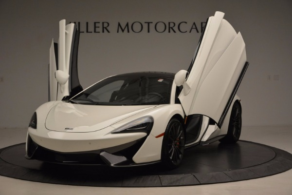 Used 2017 McLaren 570GT for sale Sold at Rolls-Royce Motor Cars Greenwich in Greenwich CT 06830 23
