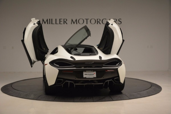 Used 2017 McLaren 570GT for sale Sold at Rolls-Royce Motor Cars Greenwich in Greenwich CT 06830 25