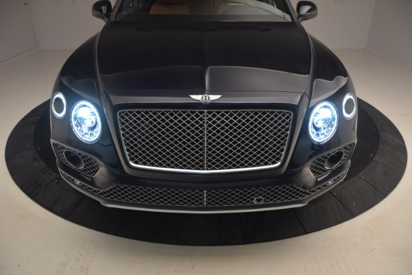 Used 2018 Bentley Bentayga W12 Signature for sale Sold at Rolls-Royce Motor Cars Greenwich in Greenwich CT 06830 18