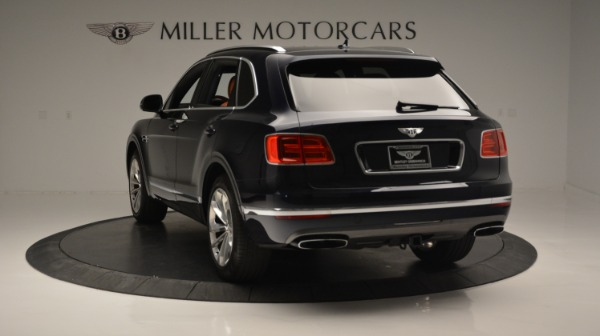 Used 2018 Bentley Bentayga W12 Signature for sale Sold at Rolls-Royce Motor Cars Greenwich in Greenwich CT 06830 5