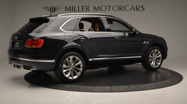 Used 2018 Bentley Bentayga W12 Signature for sale Sold at Rolls-Royce Motor Cars Greenwich in Greenwich CT 06830 8