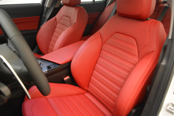 New 2017 Alfa Romeo Giulia Ti Sport Q4 for sale Sold at Rolls-Royce Motor Cars Greenwich in Greenwich CT 06830 15