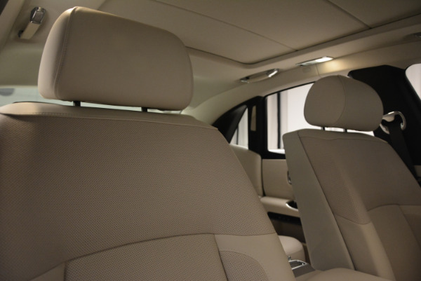 Used 2010 Rolls-Royce Ghost for sale $119,900 at Rolls-Royce Motor Cars Greenwich in Greenwich CT 06830 16