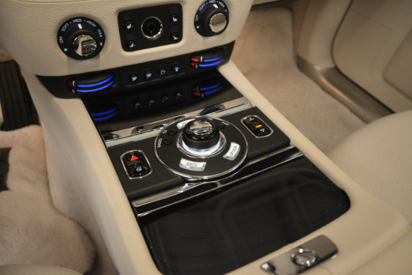 Used 2010 Rolls-Royce Ghost for sale $119,900 at Rolls-Royce Motor Cars Greenwich in Greenwich CT 06830 22