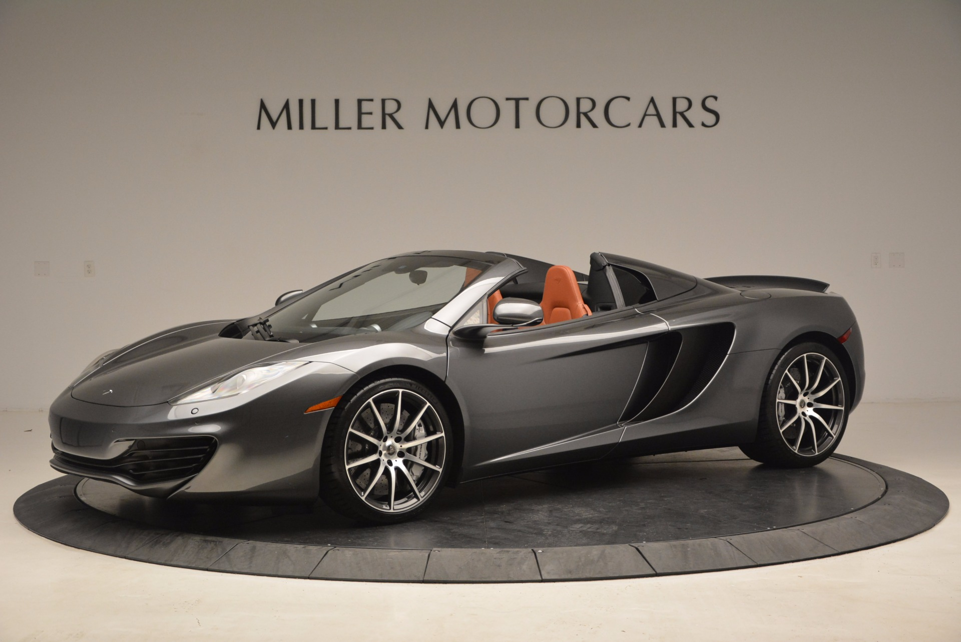Used 2014 McLaren MP4-12C SPIDER Convertible for sale Sold at Rolls-Royce Motor Cars Greenwich in Greenwich CT 06830 1