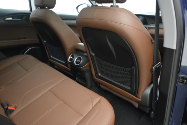 New 2018 Alfa Romeo Stelvio Ti Q4 for sale Sold at Rolls-Royce Motor Cars Greenwich in Greenwich CT 06830 23