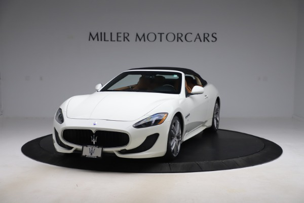 Used 2017 Maserati GranTurismo Convertible Sport for sale $84,900 at Rolls-Royce Motor Cars Greenwich in Greenwich CT 06830 13