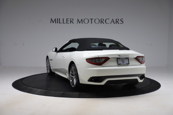 Used 2017 Maserati GranTurismo Convertible Sport for sale $84,900 at Rolls-Royce Motor Cars Greenwich in Greenwich CT 06830 17