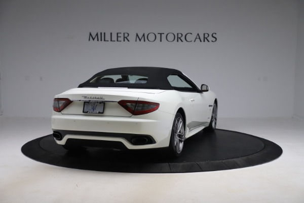 Used 2017 Maserati GranTurismo Convertible Sport for sale $84,900 at Rolls-Royce Motor Cars Greenwich in Greenwich CT 06830 18