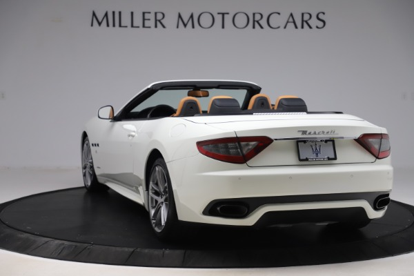 Used 2017 Maserati GranTurismo Convertible Sport for sale $84,900 at Rolls-Royce Motor Cars Greenwich in Greenwich CT 06830 5
