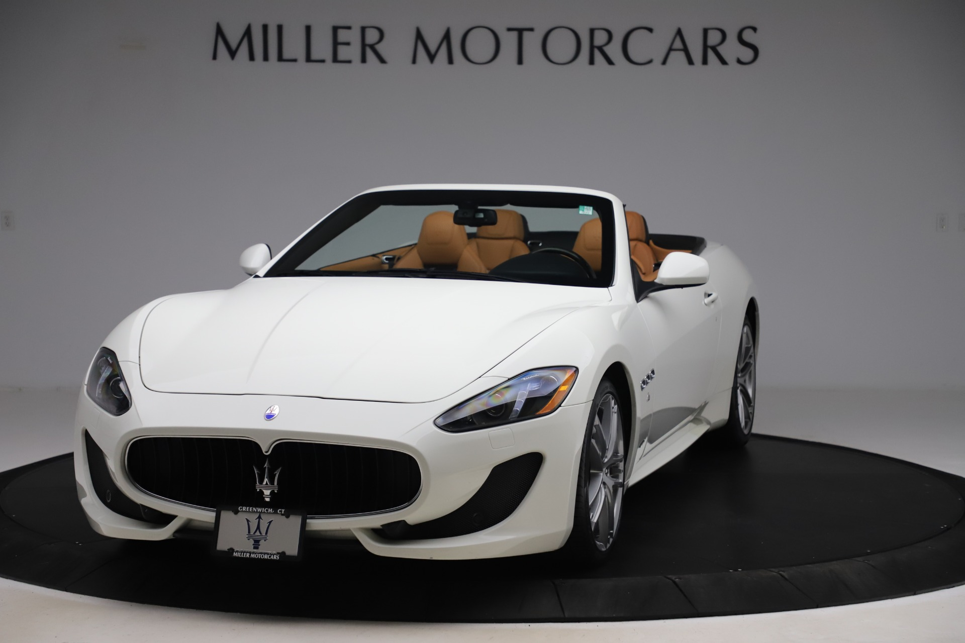 Used 2017 Maserati GranTurismo Convertible Sport for sale $84,900 at Rolls-Royce Motor Cars Greenwich in Greenwich CT 06830 1
