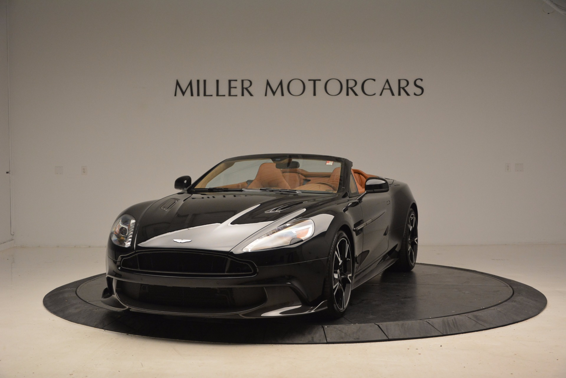New 2018 Aston Martin Vanquish S Volante for sale Sold at Rolls-Royce Motor Cars Greenwich in Greenwich CT 06830 1