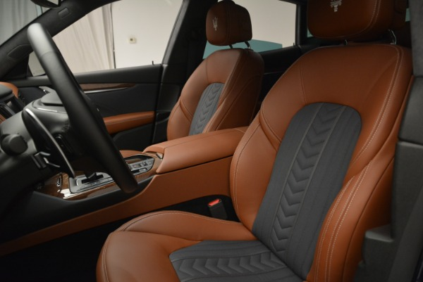 Used 2018 Maserati Levante Q4 GranLusso for sale $61,900 at Rolls-Royce Motor Cars Greenwich in Greenwich CT 06830 14