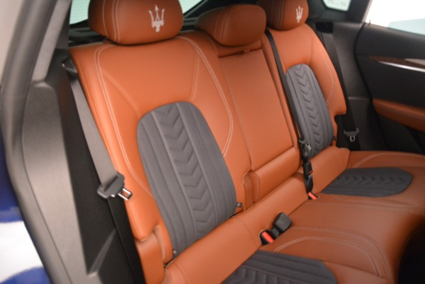 New 2018 Maserati Levante Q4 GranLusso for sale Sold at Rolls-Royce Motor Cars Greenwich in Greenwich CT 06830 21
