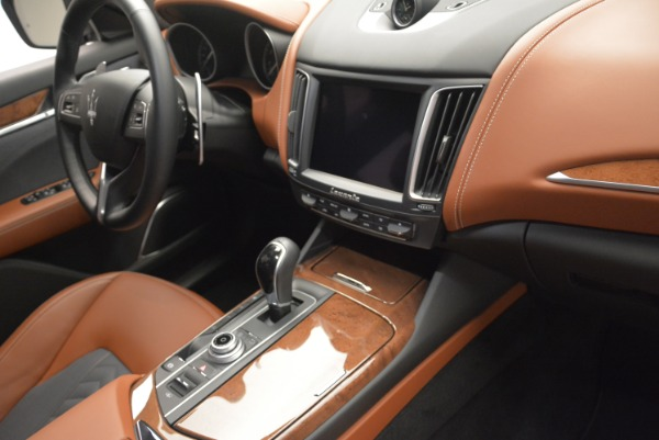 New 2018 Maserati Levante Q4 GranLusso for sale Sold at Rolls-Royce Motor Cars Greenwich in Greenwich CT 06830 24