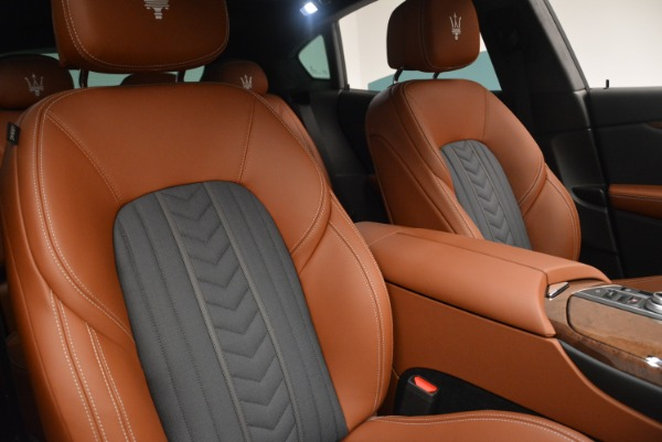 Used 2018 Maserati Levante Q4 GranLusso for sale $61,900 at Rolls-Royce Motor Cars Greenwich in Greenwich CT 06830 25