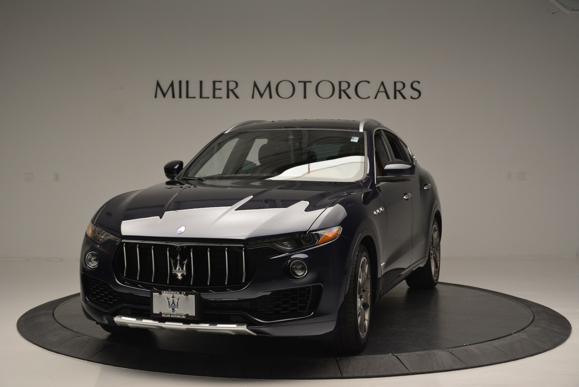 Used 2018 Maserati Levante Q4 GranLusso for sale Sold at Rolls-Royce Motor Cars Greenwich in Greenwich CT 06830 1