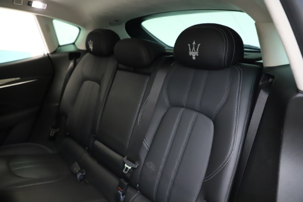 Used 2018 Maserati Levante SQ4 GranSport for sale $55,900 at Rolls-Royce Motor Cars Greenwich in Greenwich CT 06830 18