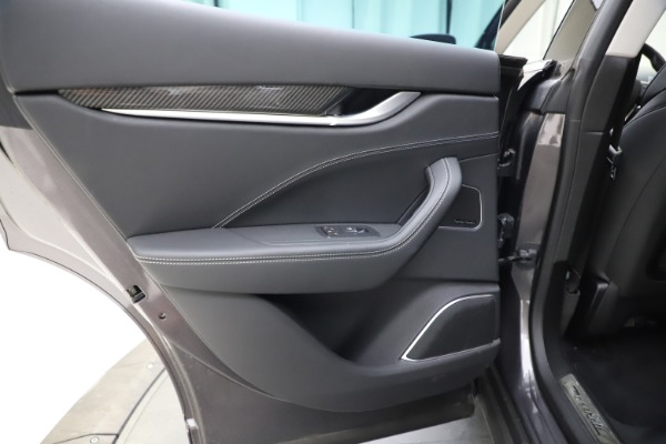 Used 2018 Maserati Levante SQ4 GranSport for sale $55,900 at Rolls-Royce Motor Cars Greenwich in Greenwich CT 06830 21
