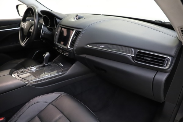 Used 2018 Maserati Levante SQ4 GranSport for sale $55,900 at Rolls-Royce Motor Cars Greenwich in Greenwich CT 06830 22