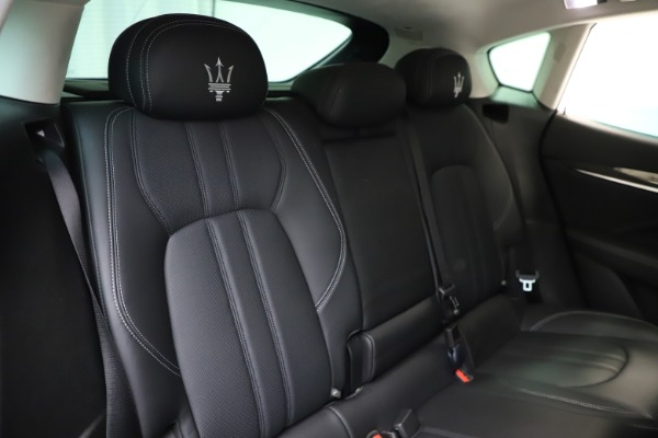 Used 2018 Maserati Levante SQ4 GranSport for sale $55,900 at Rolls-Royce Motor Cars Greenwich in Greenwich CT 06830 26