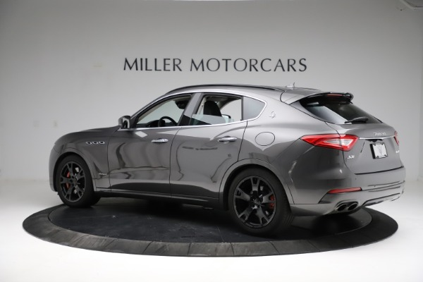 Used 2018 Maserati Levante SQ4 GranSport for sale $55,900 at Rolls-Royce Motor Cars Greenwich in Greenwich CT 06830 4