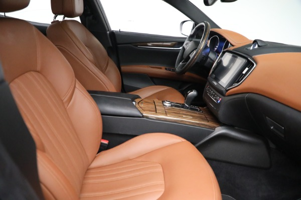 Used 2018 Maserati Ghibli S Q4 GranLusso for sale $56,900 at Rolls-Royce Motor Cars Greenwich in Greenwich CT 06830 21