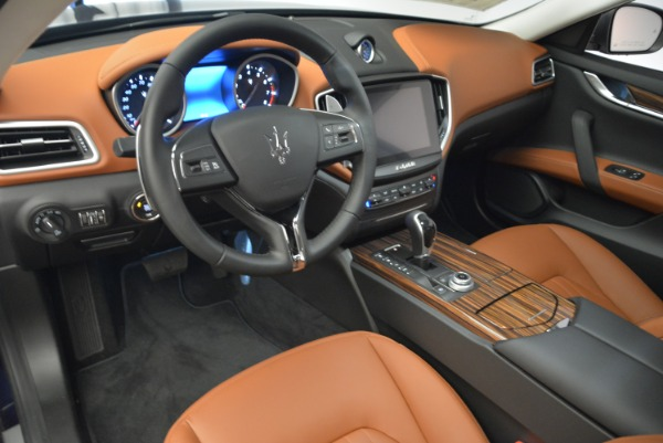Used 2018 Maserati Ghibli S Q4 for sale $49,900 at Rolls-Royce Motor Cars Greenwich in Greenwich CT 06830 13