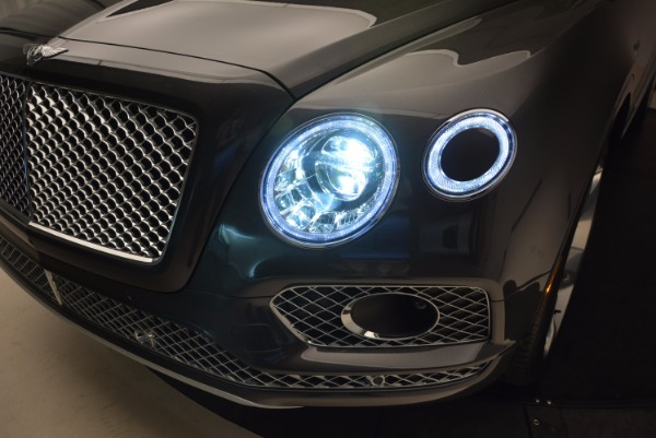 New 2018 Bentley Bentayga Signature for sale Sold at Rolls-Royce Motor Cars Greenwich in Greenwich CT 06830 20