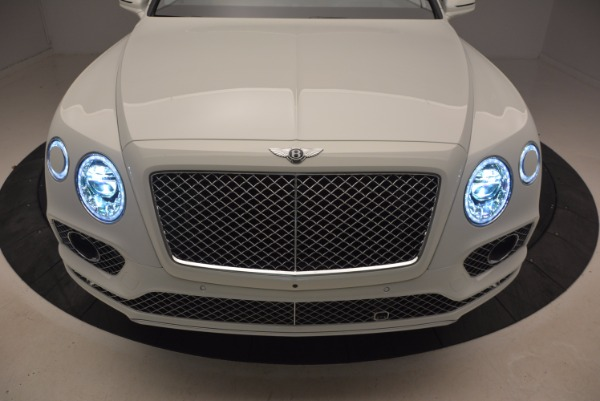 Used 2018 Bentley Bentayga Onyx for sale Call for price at Rolls-Royce Motor Cars Greenwich in Greenwich CT 06830 14