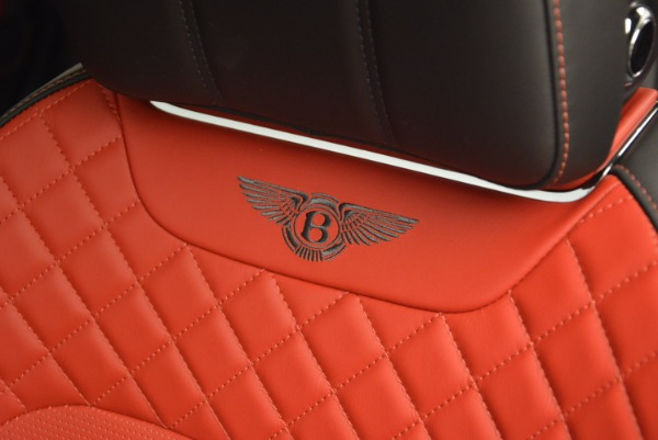 Used 2018 Bentley Bentayga Onyx for sale Call for price at Rolls-Royce Motor Cars Greenwich in Greenwich CT 06830 20