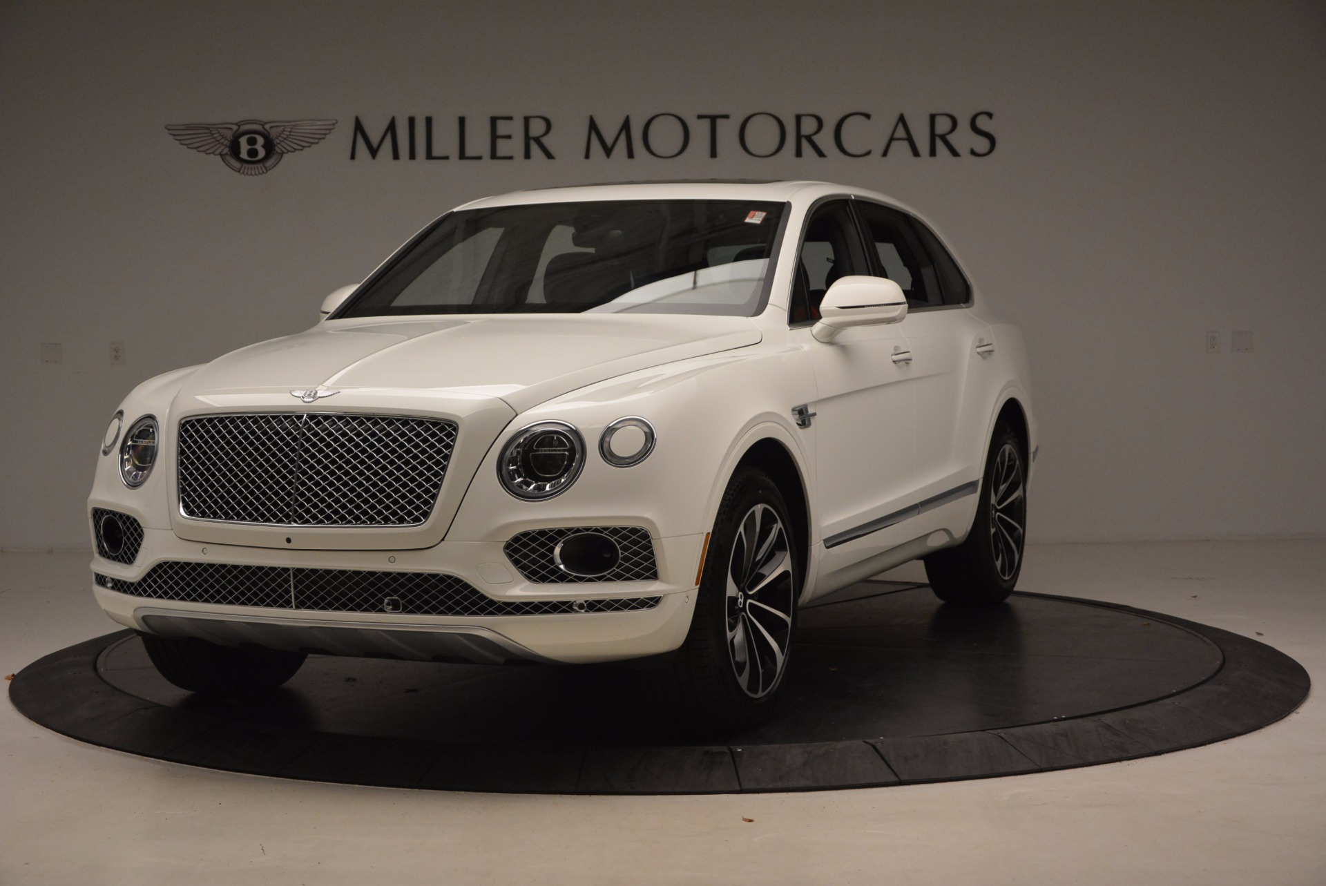 Used 2018 Bentley Bentayga Onyx for sale Call for price at Rolls-Royce Motor Cars Greenwich in Greenwich CT 06830 1