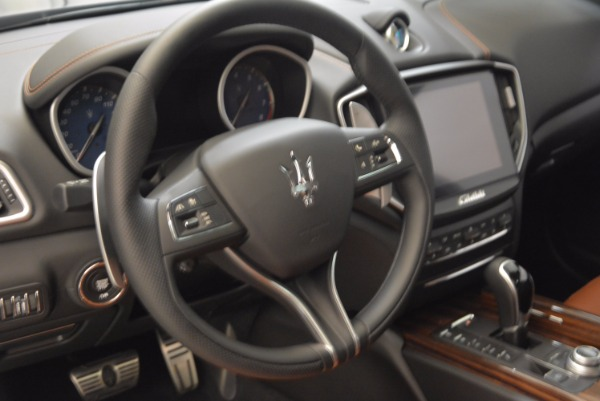 New 2018 Maserati Ghibli S Q4 Gransport for sale Sold at Rolls-Royce Motor Cars Greenwich in Greenwich CT 06830 16
