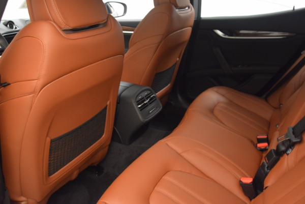 New 2018 Maserati Ghibli S Q4 Gransport for sale Sold at Rolls-Royce Motor Cars Greenwich in Greenwich CT 06830 17