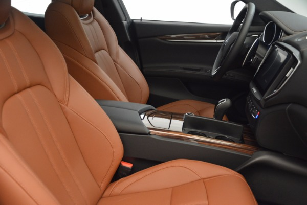 New 2018 Maserati Ghibli S Q4 Gransport for sale Sold at Rolls-Royce Motor Cars Greenwich in Greenwich CT 06830 20