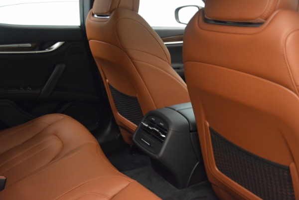 New 2018 Maserati Ghibli S Q4 Gransport for sale Sold at Rolls-Royce Motor Cars Greenwich in Greenwich CT 06830 23